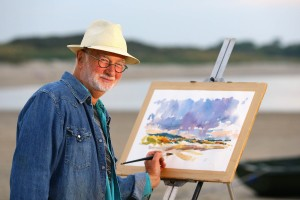 FREE TO USE IMAGE. Art In The Open. Enjoying 'Art in the Open' is Artist Tom King at Carne Beach, Co Wexford - Europe's largest Art in the Open Festival opens today Monday, July 27 and runs until Monday, August 3rd 2015 – Photograph Patrick Browne.